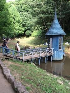 トーベ・ヤンソンあけぼの子どもの森公園はムーミンの谷をイメージさせる人気スポットです。